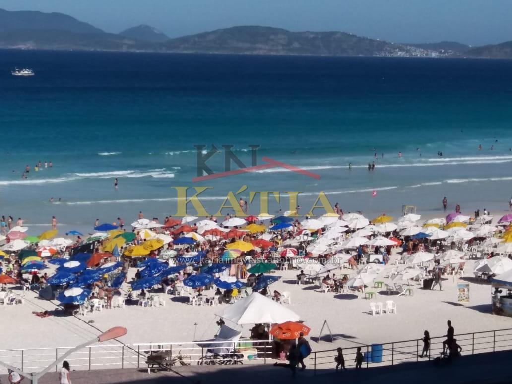 Vendo Apartamento com Vista Parcial da Praia do Forte em Cabo Frio