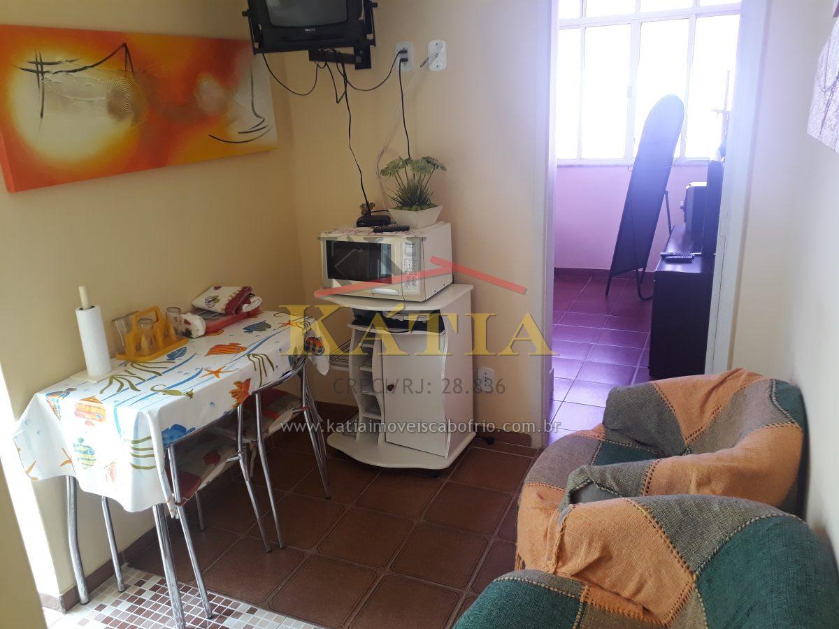 Vendo apartamento tipo Flat no Centro de Cabo Frio / RJ.