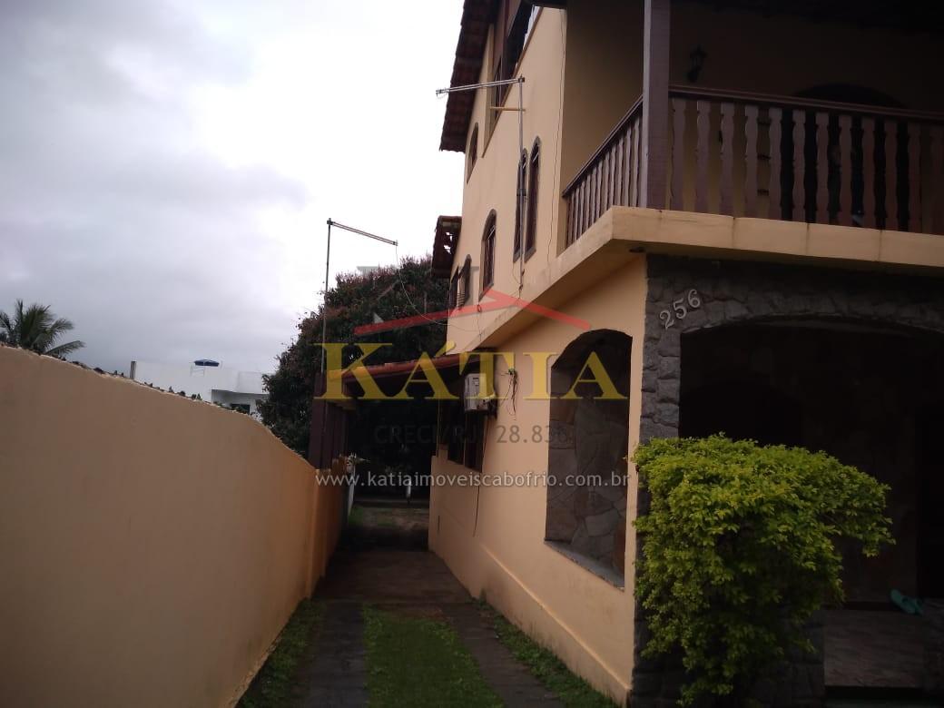 Alugo Fixo Casa com 03 quartos em Campo Redondo São Pedro da Aldeia