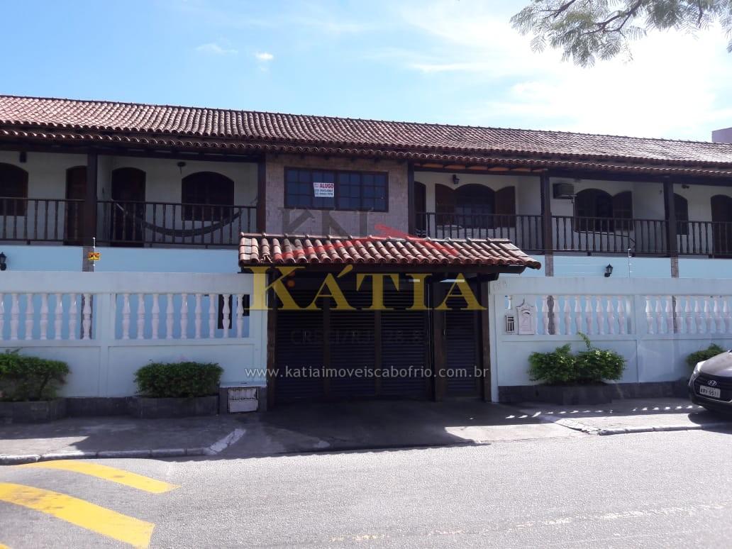Alugo Casa em Condomínio no Bairro: Jardim Caiçara, em Cabo Frio – RJ.