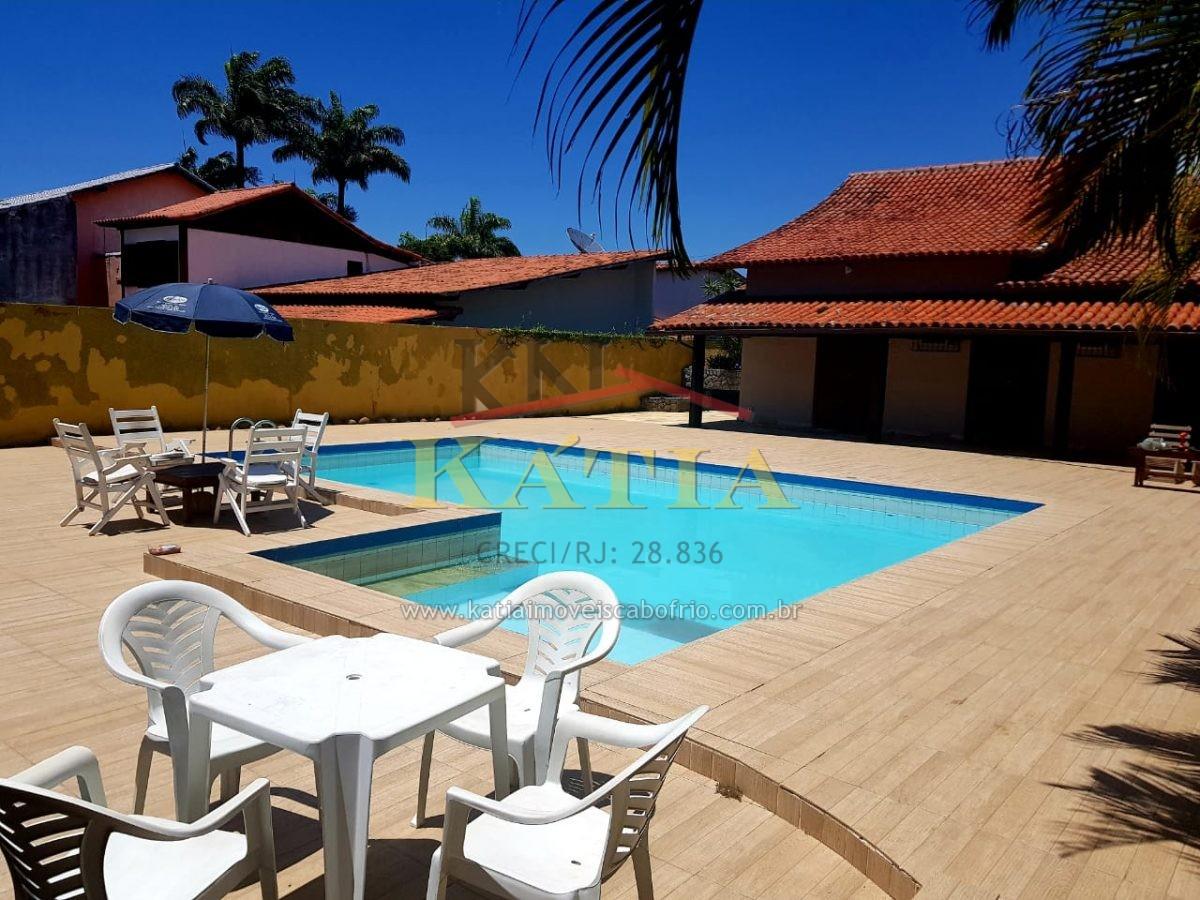 Alugo para Temporada Casa com Piscina na Ogiva em Cabo Frio- RJ.