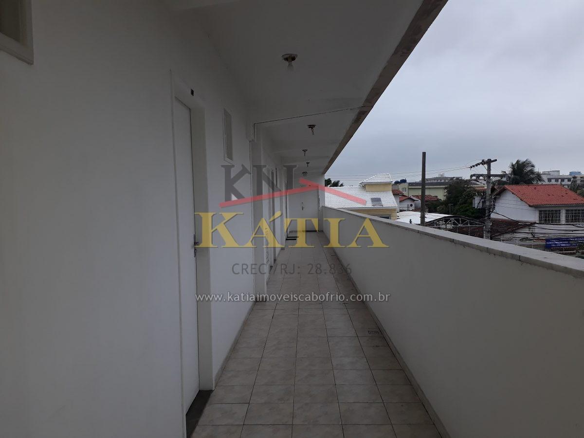 Alugo Quarto e Sala Próximo a Rodoviária de Cabo Frio -RJ.